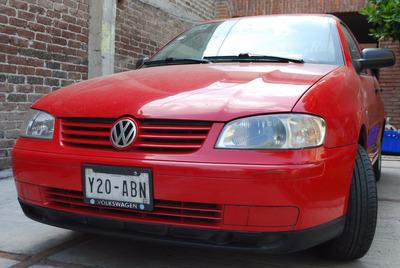 ¿ Volkswagen Derby Motor 1.8 2009 Rojo 4p Muy Conservado