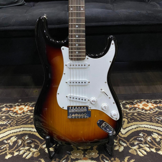 Guitarra Stratocaster Condor Rx-10 Sunburst