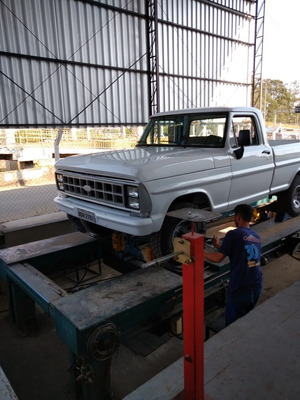 Ford F1000 Turbo Diesel