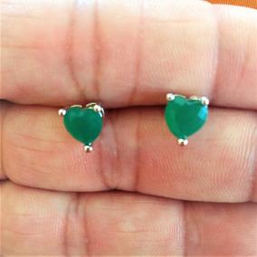 Brinco Feminino Prateado Pedra Verde Em Forma De Coração