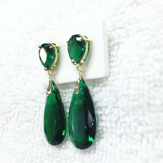 Brinco Em Ouro 18k Com Pedras Na Cor Verde Esmeralda.