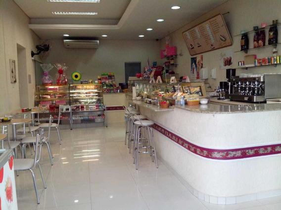 Doceria E Cafeteria Com Clientela Selecionada E Ótimo Local.