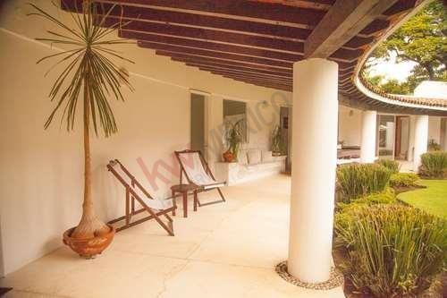 Casa De Un Nivel En Jardines De Ahuatepec