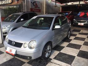 Volkswagen Polo Sedan 2.0 Comfortline 4p