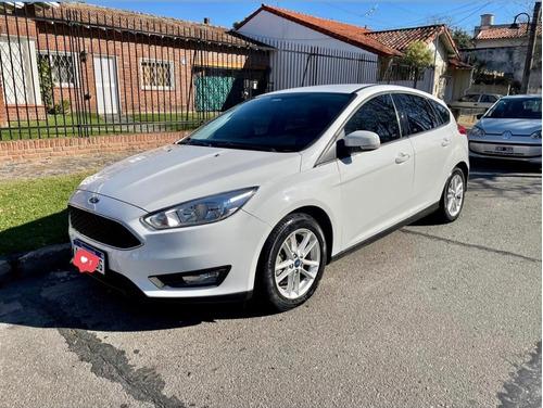 Imagen 1 de 9 de Ford Focus