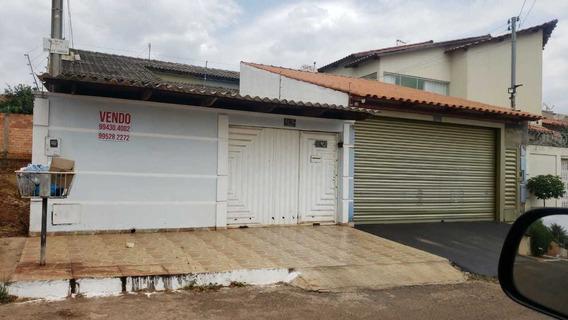 Casa De 3 Quartos E 2 Banheiros Semi Mobiliada 62994304002