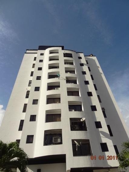 Apartamento En Sabana Larga, Valencia. Foa-716
