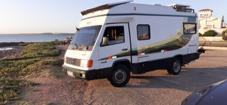 Motor Home Mb180d Pequeno