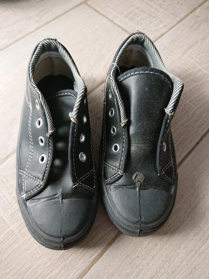 Zapatillas De Lona Negra