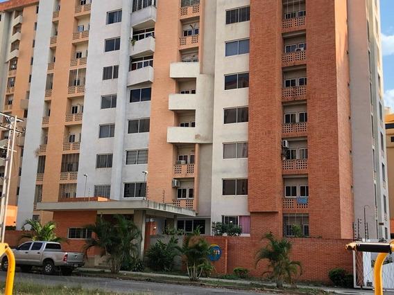 Apartamento En Venta , Urbanizacion Mañongo