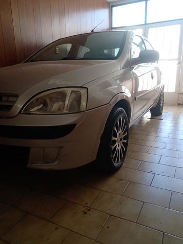 Imagen 1 de 8 de Chevrolet 2005 Corsa 2