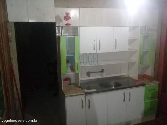 Casa Com 01 Dormitório(s) Localizado(a) No Bairro Mato Grande Em Canoas / Canoas - 32011439