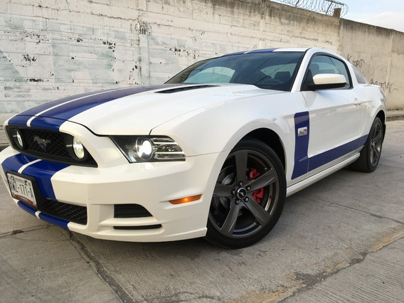 Ford Mustang Gt Premium V8 At 2013