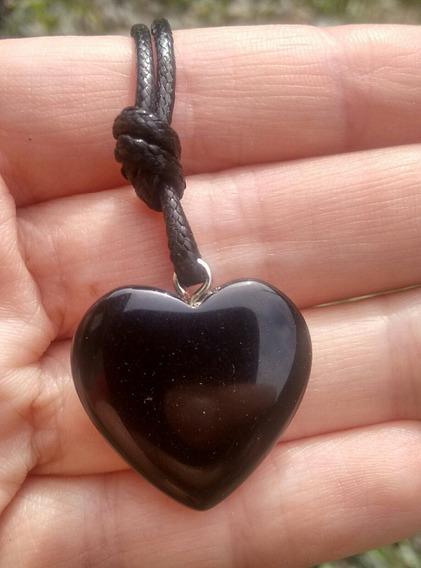 Colar Coração Pedra Natural Ônix.