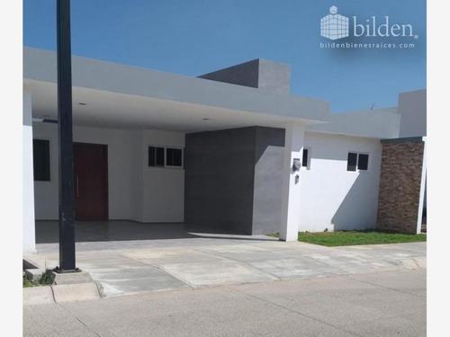 Casa Sola En Venta Fracc. El Roble Residencial