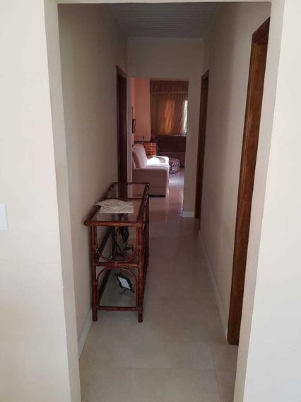 Casa Com 3 Dormitorios,3 Banheiros,garagem 2 Carros