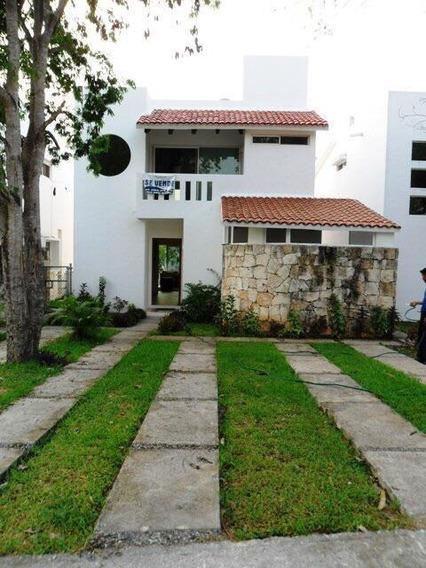 Casa En Venta En Playa Del Carmen En El Residencial Playacar