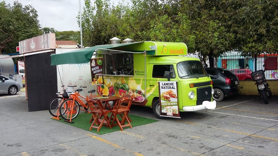Food Truck - Kombi 2008 / Transformada Em 2017. - Impecável