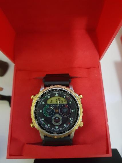 Relógio Citizen Promaster Modelo C050 Série Ouro