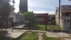 Casa 2 Ambientes En El Jaguel Sobre Terreno De 300m2