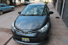 Toyota Yaris Año 2015 Placa Taxi