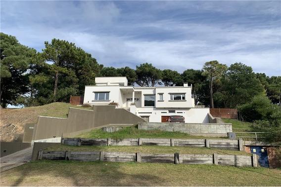 Venta Casa Pinamar - 4 Amb - Lote En Altura