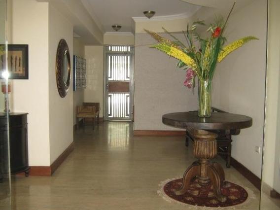 Apartamento En Venta En El Bosque 20-9138 Ac