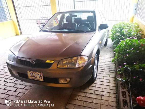 Mazda 323 2000