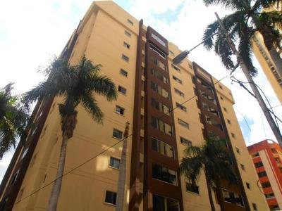 Penthouse En Venta En San Isidro. Codflex 16-12190. Mcmb