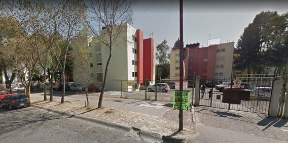 Remate De Departamento , 3 Recamaras En Fracc Centro Urbano