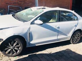 Sucata Volkswagen Jetta 2.0 - Câmbio,motor,porta,lataria
