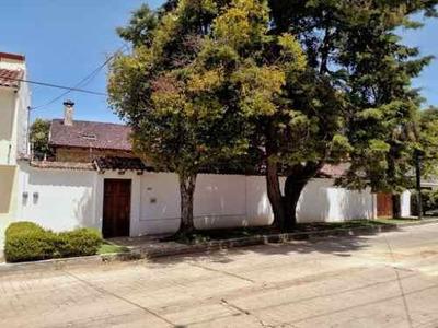 Residencia En Venta En La Col. Revolución Mexicana