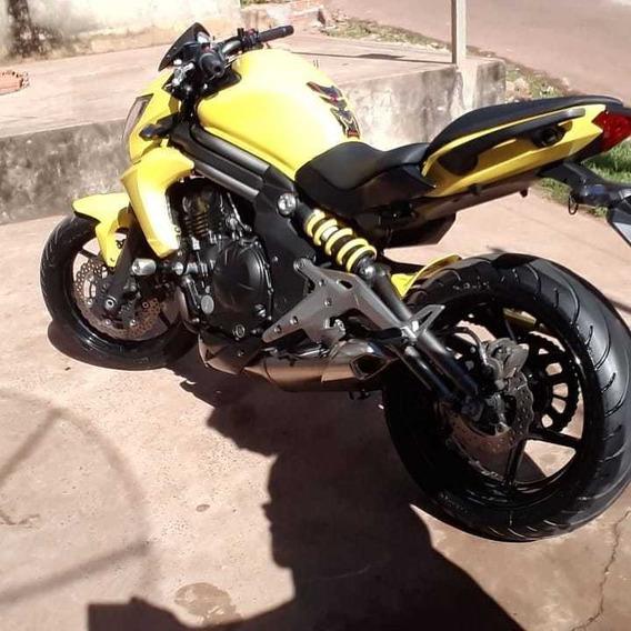 Kawasaki 650cc Esportiva