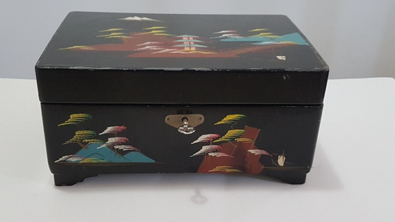 Caixa De Música Antiga Com Desenhos Oriental Funcionando