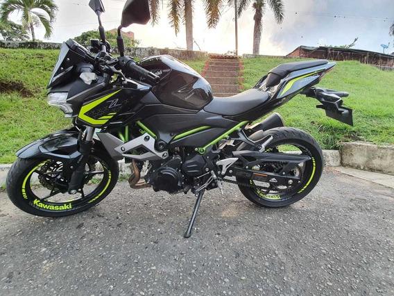 Moto Kawasaki Modelo 2020