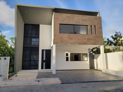 Casa Moderna3 Recamaras Con Alberca Privada Playa Del Carmen