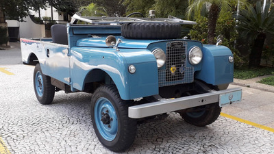 Land Rover Defender 1957