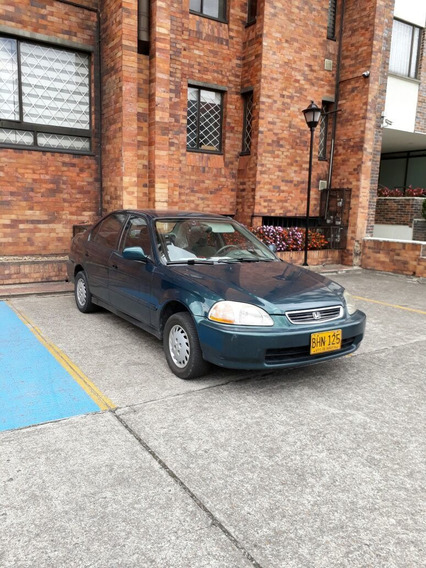 Honda Civic 1.5 $ 7,900.000