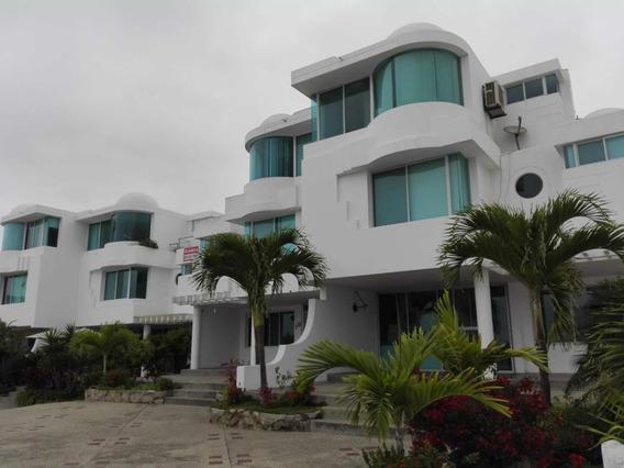 Casa De 5 Habitaciones, 5 Baños, 2 Piscinas