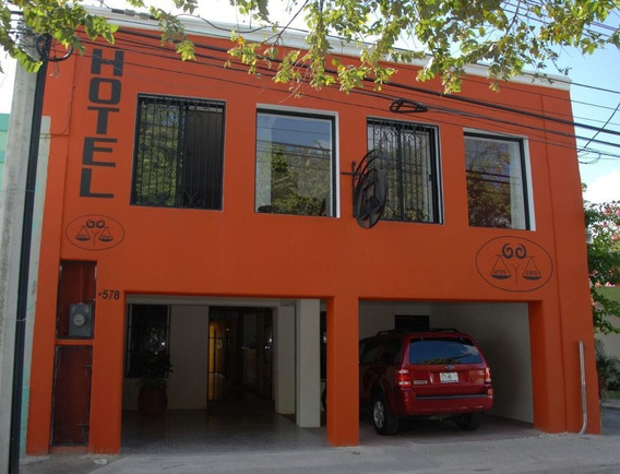 Hotel Bed & Breakfast En Santiago