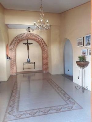 Casa En Renta Amueblada En Colinas Del Bosque 1ra. Seccion 4 Recamaras