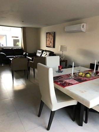 Casa En Venta En Condesa Juriquilla Rcv170714-lv