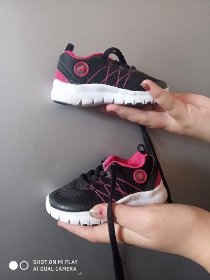 Zapatillas Niña Talle 20 Un Solo Uso Impecables!!