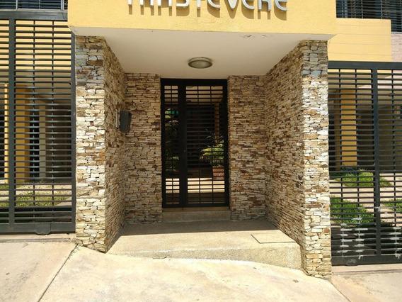 Townhouses En Venta El Parral Valencia Carabobo 19-2921 Rahv