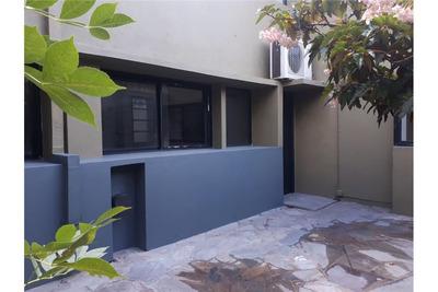 Duplex En Venta De Dos Dormitorios En El Casco