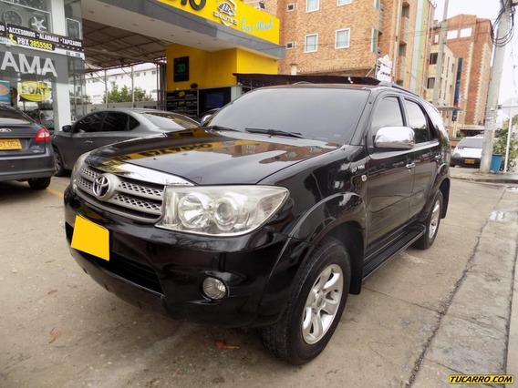 Toyota Fortuner Sr5 2.7 4x2 At
