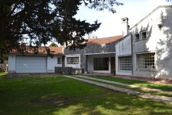 Casa Quinta 8 Ambientes El Trébol Ezeiza