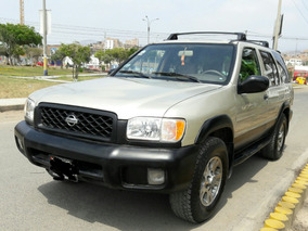 Nissan Pathfinder 4 X 4 Full