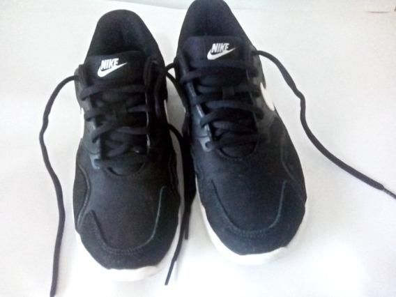 Tênis Nike Air Max Nostalgic