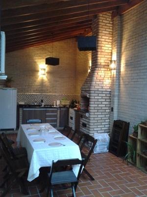 Casa Em Condomínio Em Ótima Localização De Araraquara